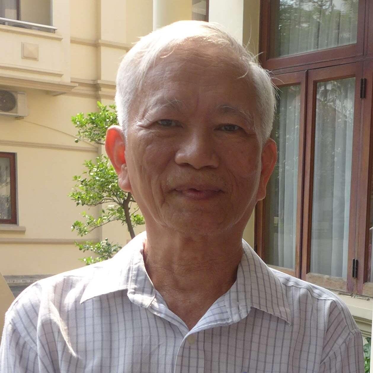9.TS Hoang